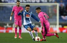 El Levante saca petróleo frente a un Espanyol que no mereció perder