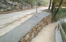 Peramola mejora muros y cunetas del Camí de les Fonts