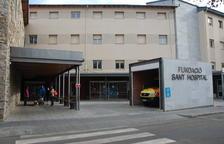 Denuncia al hospital de La Seu al morir por una infección su marido tras ingresar por una hernia discal