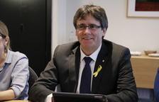 """Puigdemont aposta per compatibilitzar un Govern """"legítim"""" a l'exili i un altre d'""""efectiu"""""""