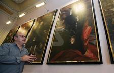 La Paeria de Cervera exhibe colgado cabeza abajo su retrato de Felipe V