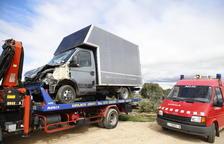 Bolca un camió amb 220 porcs a Vilanova de Meià i un altre s'accidenta a Llardecans