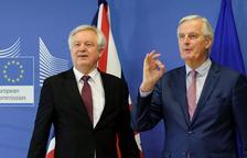 May cede y los europeos que lleguen al país antes de 2021 mantendrán sus derechos