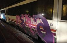 Un año de prisión por hacer grafitis en un tren en Cervera