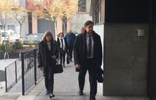 Cullerés niega coacciones contra la directora del colegio de Montferrer