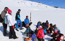 Lecciones de seguridad en la nieve para escolares