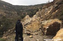 Dos sepultats a l'esllavissar-se una muntanya a Castell de Mur