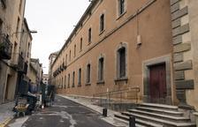 Acaba la reforma de la fachada sur de la Universidad de Cervera