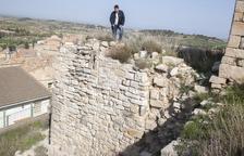 Actuación urgente en Ciutadilla para reparar grietas del castillo