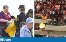 Allau de crítiques contra Interior per l'ordre de requisar samarretes i xiulets de color groc