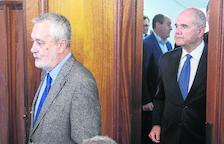 'Chaves y Griñán conocían las irregularidades en los ERE'
