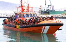 Rescatan a 177 personas cuando cruzaban el estrecho en patera