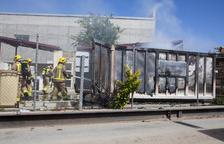 Arde un contenedor en la 'minideixalleria' de Anglesola