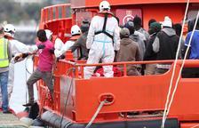 Los migrantes del Aquarius solicitan asilo y la mitad desea ir a Francia