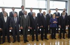 Merkel i Màcron obren la porta a acords migratoris entre països de la UE que