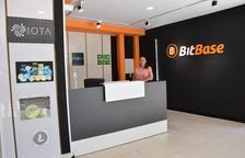 Primera tienda de comercio de criptomonedas de Lleida