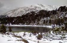 El Pirineo, blanco por|para la piedra
