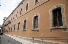Termina la restauración de una fachada de la Universitat de Cervera