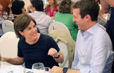 Un vídeo que ataca a Santamaría enfanga la campaña en el PP