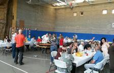 La capital de la comarca celebra una competició de pesca