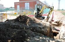 Obras en la estación eléctrica dejan El Palau sin agua varias horas