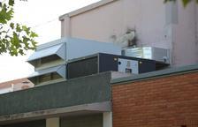 Mequinensa substitueix l'antic sistema de climatització del cine Goya