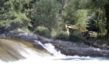 El Sobirà inicia les obres per poder navegar 50 km per la Pallaresa sense baixar de la barca