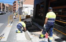Supresión de barreras arquitectónicas en varias calles