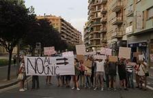 Enésimo corte de protesta en la calle Lluís Companys