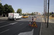 Cortado un carril en avenida de Catalunya por las obras del carril bici