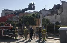 Herido un albañil al derrumbarse el tejado de una casa de La Bordeta que estaba en obras