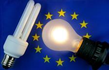 Les bombetes halògenes passen a la història a Europa