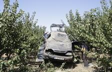 Dos ferides al sortir de la via i caure a uns fruiters entre Fraga i Seròs