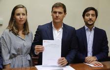 PP y Cs vetan la reforma urgente de la ley de estabilidad y frenan las cuentas de Sánchez