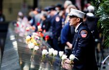 Miles de personas recuerdan el 11S casi 2 décadas después