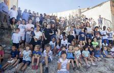 Homenatge de Vilagrassa als nens amb un ametller