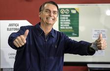 Un Brasil fart de la seua classe política tria president