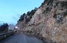 El acceso a Port del Comte, aún cerrado, espera solución