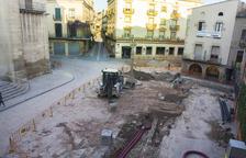 "La plaza Major de Tàrrega, ""levantada"" para reformarla"
