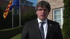 El Parlament da el primer paso para investir a distancia a Puigdemont