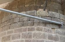 Restauran las piedras de la ermita de La Pertusa de Àger