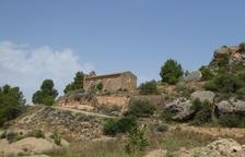 Cervià actúa en la ermita de Les Besses para acoger el Aplec anual