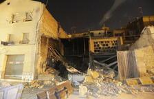 Derrumbe de unos almacenes en Almacelles