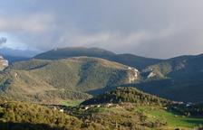 Un operari crític i un altre de greu a l'electrocutar-se a Ribera d'Urgellet