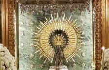 La Verge del Pilar, amb una capa falangista