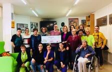 Onada Serveis dóna mil euros a la Creu Roja comarcal