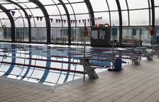 Queixes a Balaguer per la piscina coberta, que ha quedat obsoleta