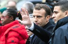 Moción de censura contra Macron por la crisis de los 'chalecos amarillos'