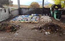 El compostatge de l'Urgellet ja rep un 30 per cent menys de bosses de plàstic