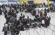 Drones provocan el caos en el aeropuerto de Gatwick